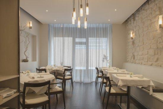 Restaurant Es Paris