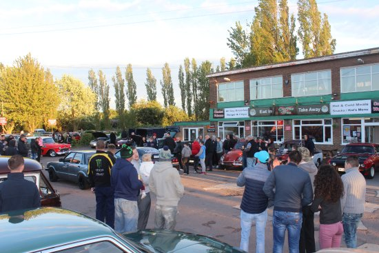 Wisbech, UK: Classic & custom Car Night last monday of every month starts 6.15pm, Every year April till Octob