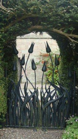 Penrith, UK: Tulip Gate