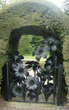 Penrith, UK: Martagon Lillies Gate