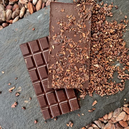 Leamington Spa, UK: Our best seller 70% Panama with Cacao Nibs! Yum! Yum!!