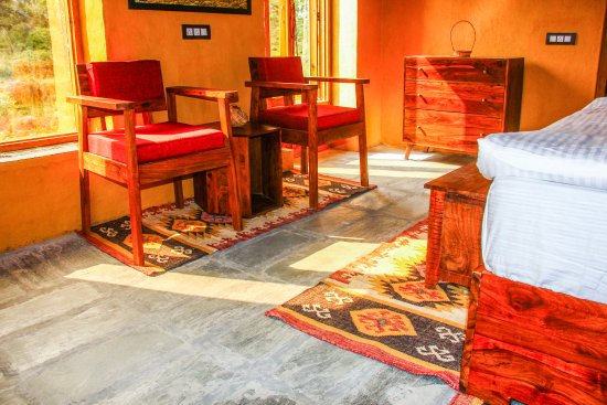 Deluxe Room - Spacious, Airy, Pure Wood Furniture, Jute Rugs, Adobe ...