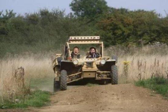 Helmdon, UK: Springer fast attack buggy