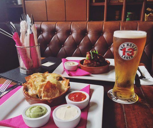 Omagh, UK: Pint and some Bar Snacks