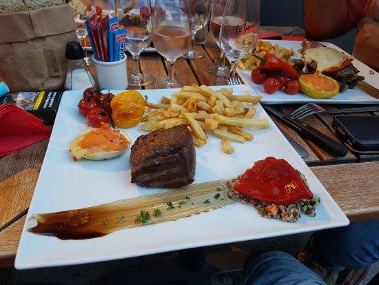 Aigueze, Francia: 20170620_212347_large.jpg