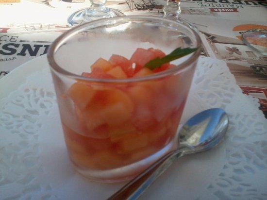 Neung-sur-Beuvron, Francja: Mise en bouche melon