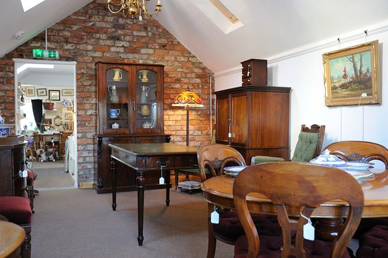 Navenby, UK: Upstairs Saleromm