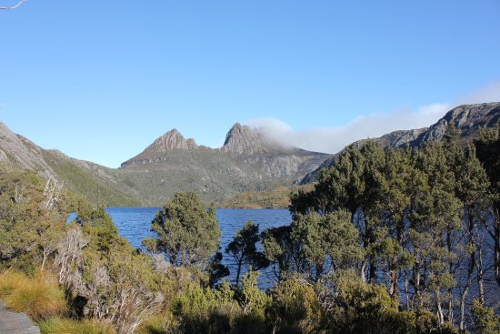 Cradle Mountain-Lake St. Clair National Park, Australia: Cloud started to roll in after a clear day