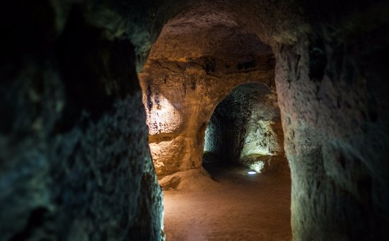 Saint-Sulpice-la-Pointe, Prancis: Couloir du souterrain refuge médiéval