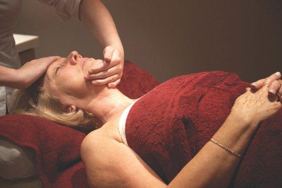 Massage at Richmond Painswick Wellness Spa