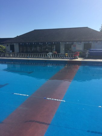 Moretonhampstead, UK: Snaps of our 25m solar heated swimming pool on the edge of Dartmoor offering lane and general sw