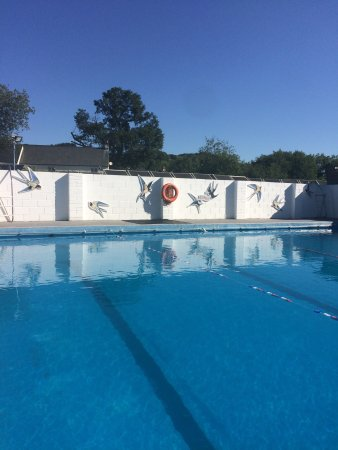 Moretonhampstead Community Swimming Pool