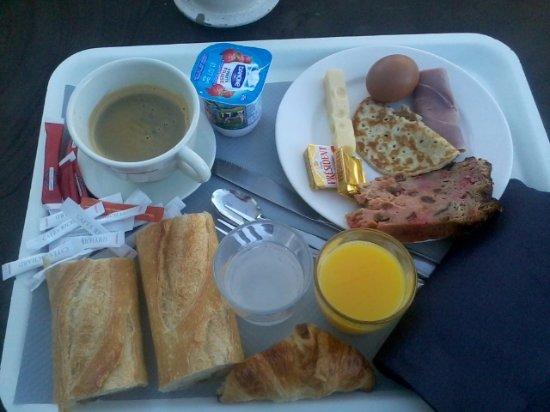 La Grange de Marie : Petit déjeuner copieux