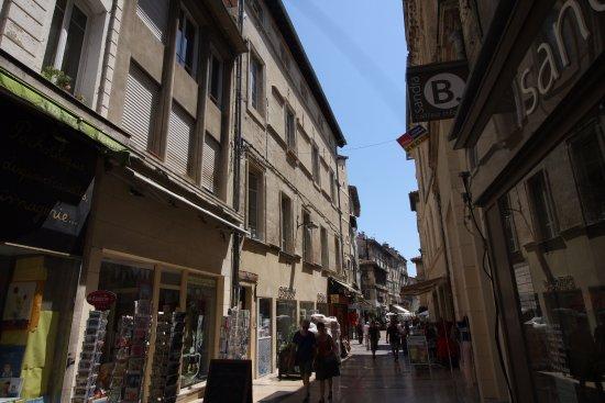 Pope's Palace (Palais des Papes): Le joli quartier du vieil Avignon