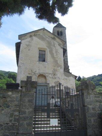 Barni, Италия: Chiesa Romanica S. Pietro e Paolo