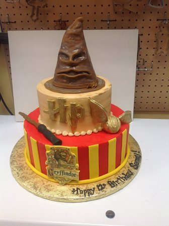 Swell Harry Potter Birthday Cake Picture Of Saras Sweets Bakery Personalised Birthday Cards Paralily Jamesorg