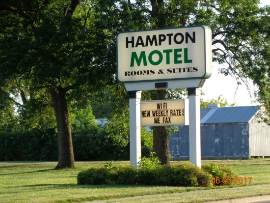 Hampton Motel Hampton IA Sign