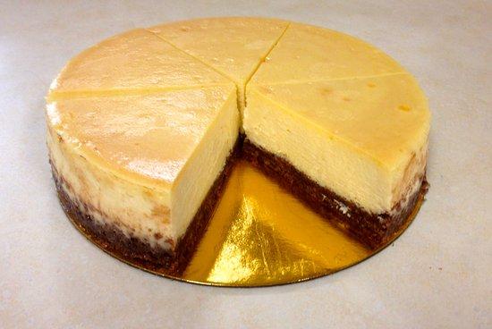 LeGrand Bakery: Cheese cake