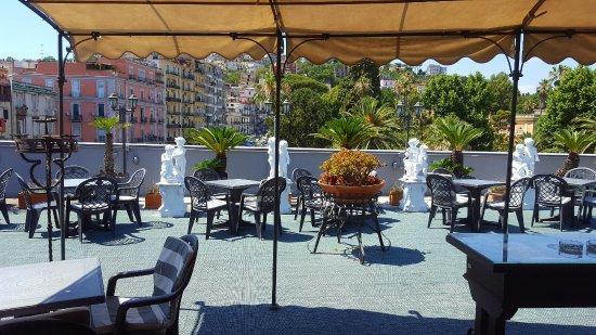 terrazzo hotel real orto bbotanico - Picture of Hotel Del Real Orto ...