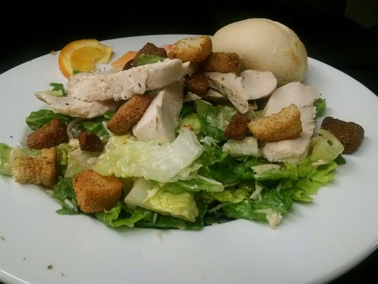 Emmitsburg, MD: Chicken Caesar Salad