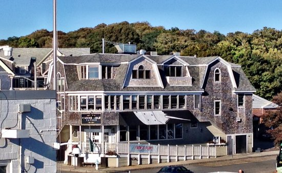 Woods Hole, MA: View of Quicks Hole Tavern from the ferry terminal headed to the island of Martha's Vineyard.