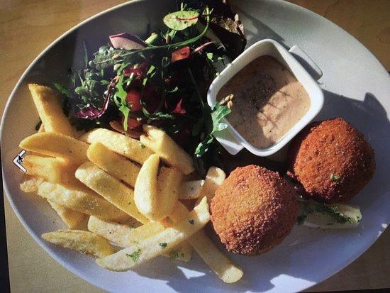 Belly Café: Always homemade and fresh. Something for everyone, vegetarians, vegans, celiac, foodies, everyon