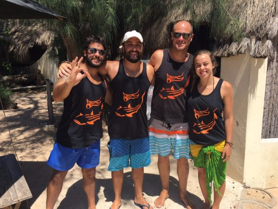 Tofo, Mozambique: new brasilian friends
