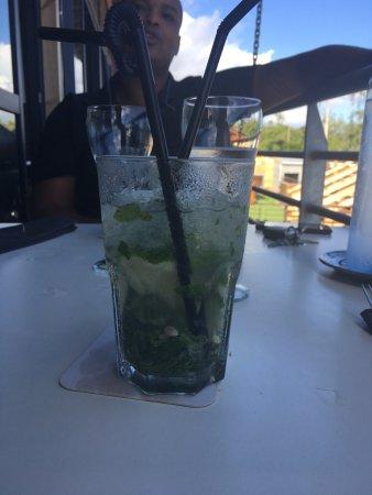 La Saline les Bains, Réunion: Repas pas top plus de la présentation que du goût j'ai du faire retourner le plat ainsi que le V