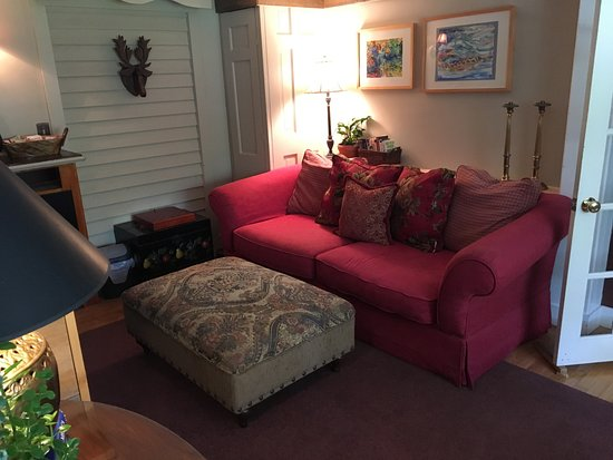 Gorham, ME: Sitting Room for tea