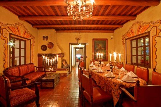 Hosteria Chorlavi Restaurant: Cena en nuestro restaurante un espacio muy cálido