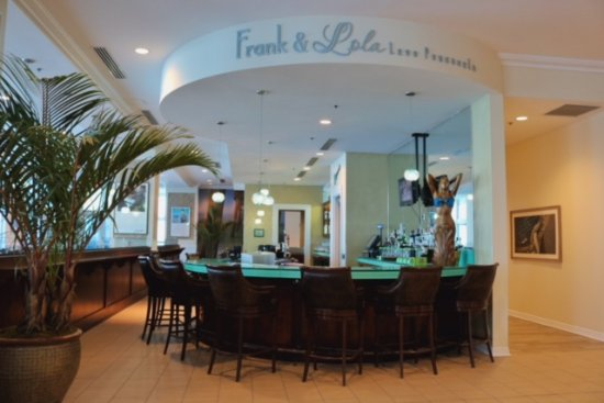 Frank and Lola Love Pensacola Cafe: Grab a seat and enjoy a cocktail with a view.