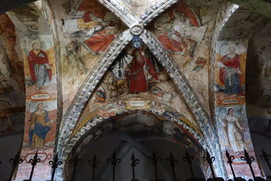 Salardu, Испания: Frescos en la bóveda.