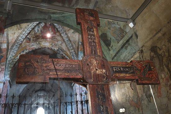 Salardu, Испания: Detalle del crucifijo del siglo XII.