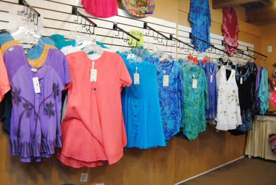 Mount Dora, FL: Clothing is featured here too
