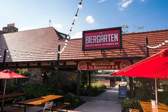 Merrimack, NH: Outdoor Biergarten