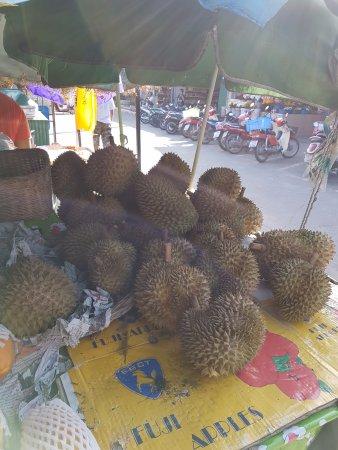 Mae Nam, Tailandia: дурианы