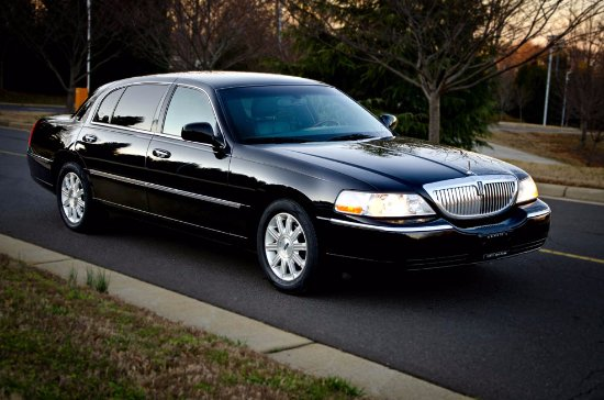 Mountain View, Californien: Our fleet:Lincoln Signature Town car