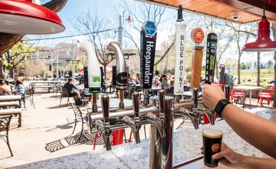Fort Collins, CO: Patio Bar