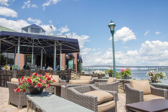 Blu Pointe Newburgh Menu Prices Restaurant Reviews