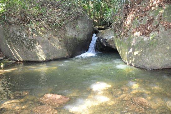 Pousada Sao Pedro do Sana: cachoeira perto da pousada.