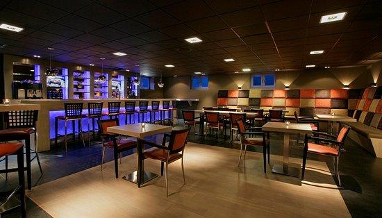 Moderne Bar moderne bar ideaal voor feestjes en borrels picture of de