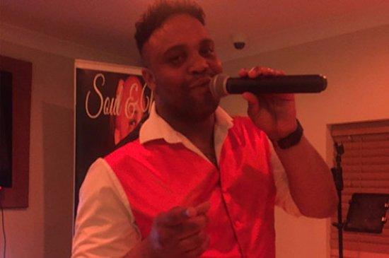 Highbridge, UK : Live Entertainment at The Windmill Bar & Bistro