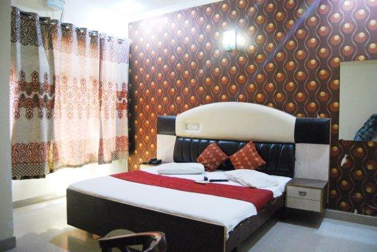 Hotel KK Residency