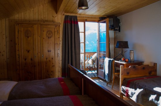 "Saint-Luc, Switzerland: Chambre double ""Lodge"" côté sud"