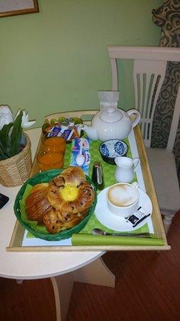 Adriana e Felice - Rooms in Rome: Breakfast