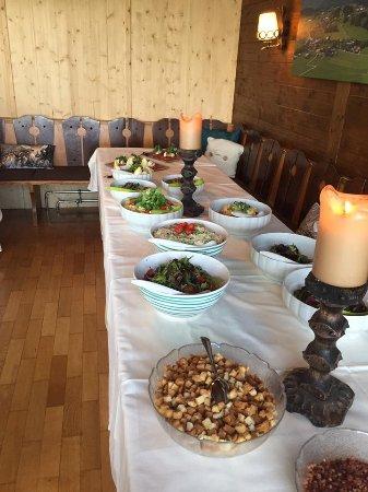 Koppl, Austria: Salatbüffet
