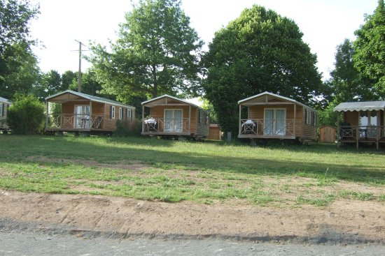 Cholet, France: Chalets to rent