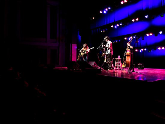 Frederick, MD: Mandolin Orange at the Weinberg Center for the Arts.