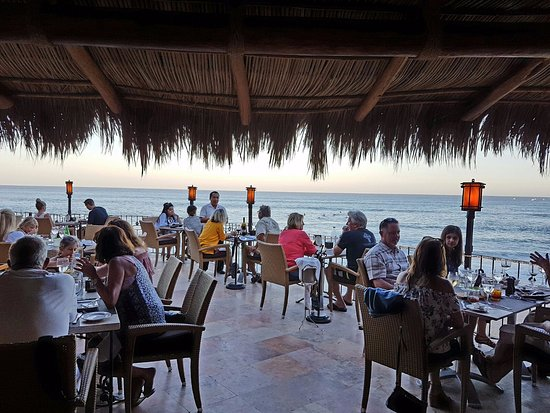 7 Seas Seafood Grille : Terrace