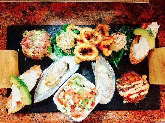 7 Seas Seafood Grille : Appetizer Sampler